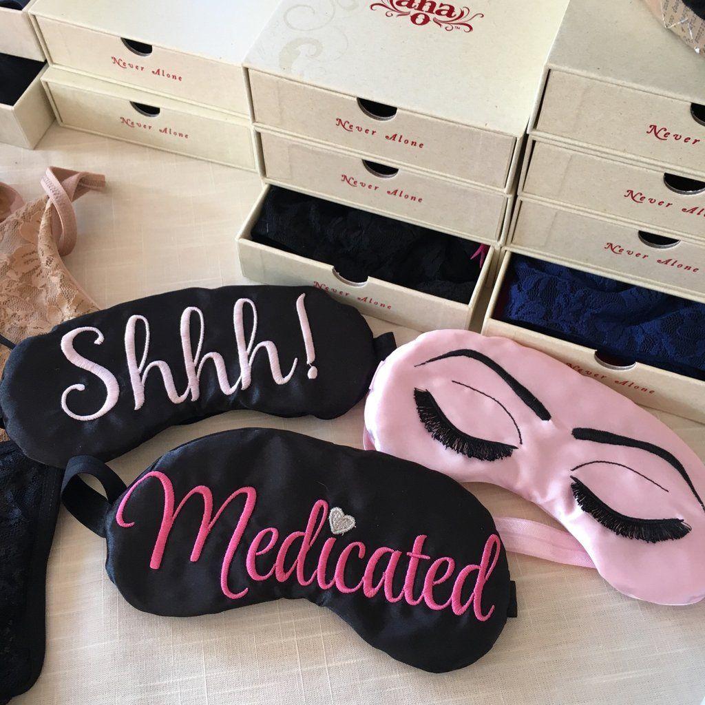 We sew a sleep mask using satin ribbons 46