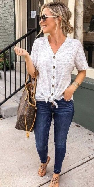 Spring Denim Trend: Exposed Button Jeans | Casual Friday