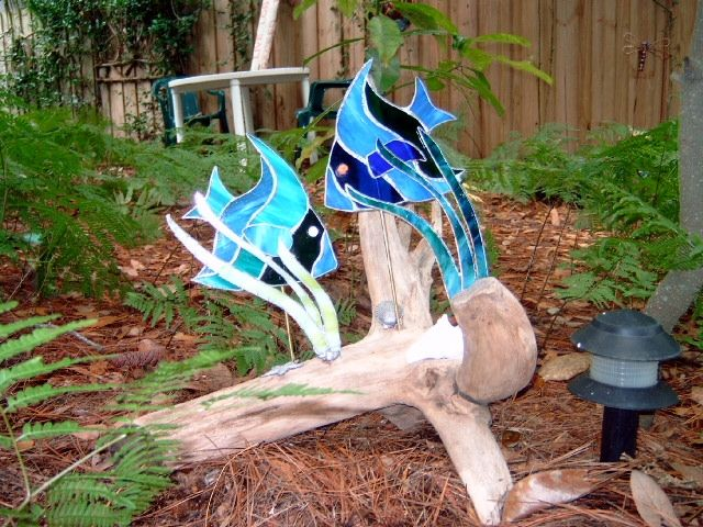 Driftwood stained glass google search driftwood art for How to make stained glass in driftwood
