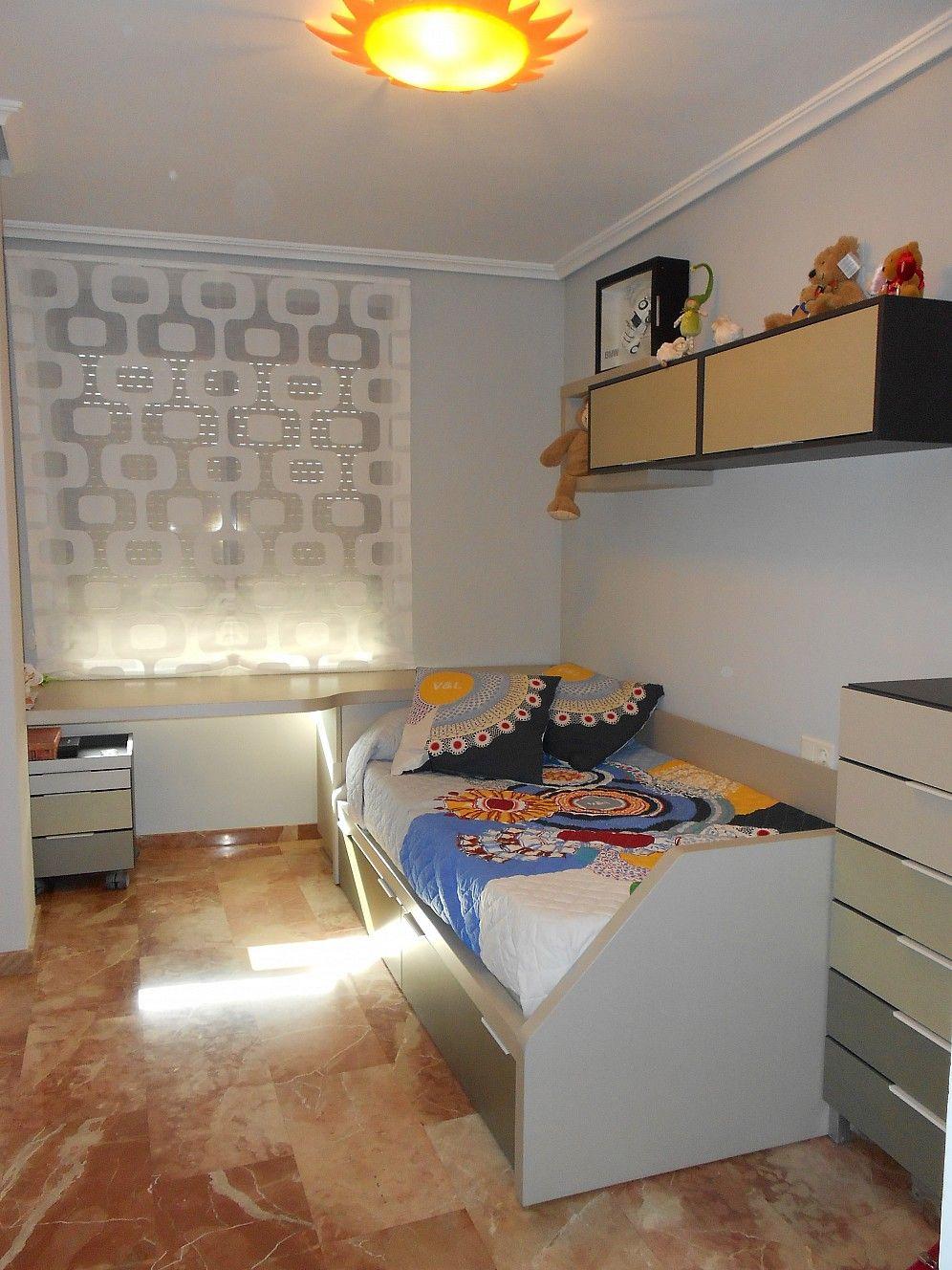 Dormitorio juvenil con cama nido con dos cajones for Cama nido con cajones