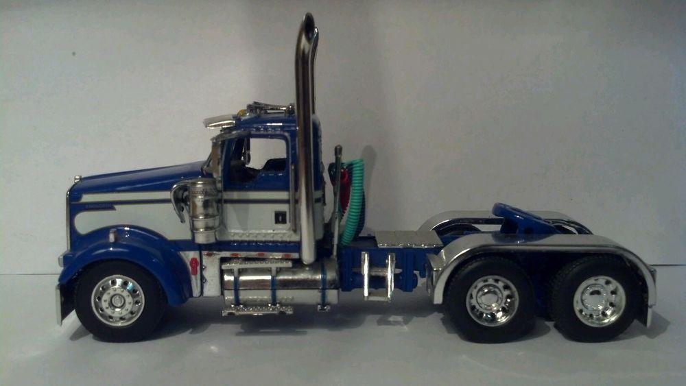 Dcp 1 64 Blue With White Strips Kenworth W900 Day Cab Kenworth Kenworth W900 Cab