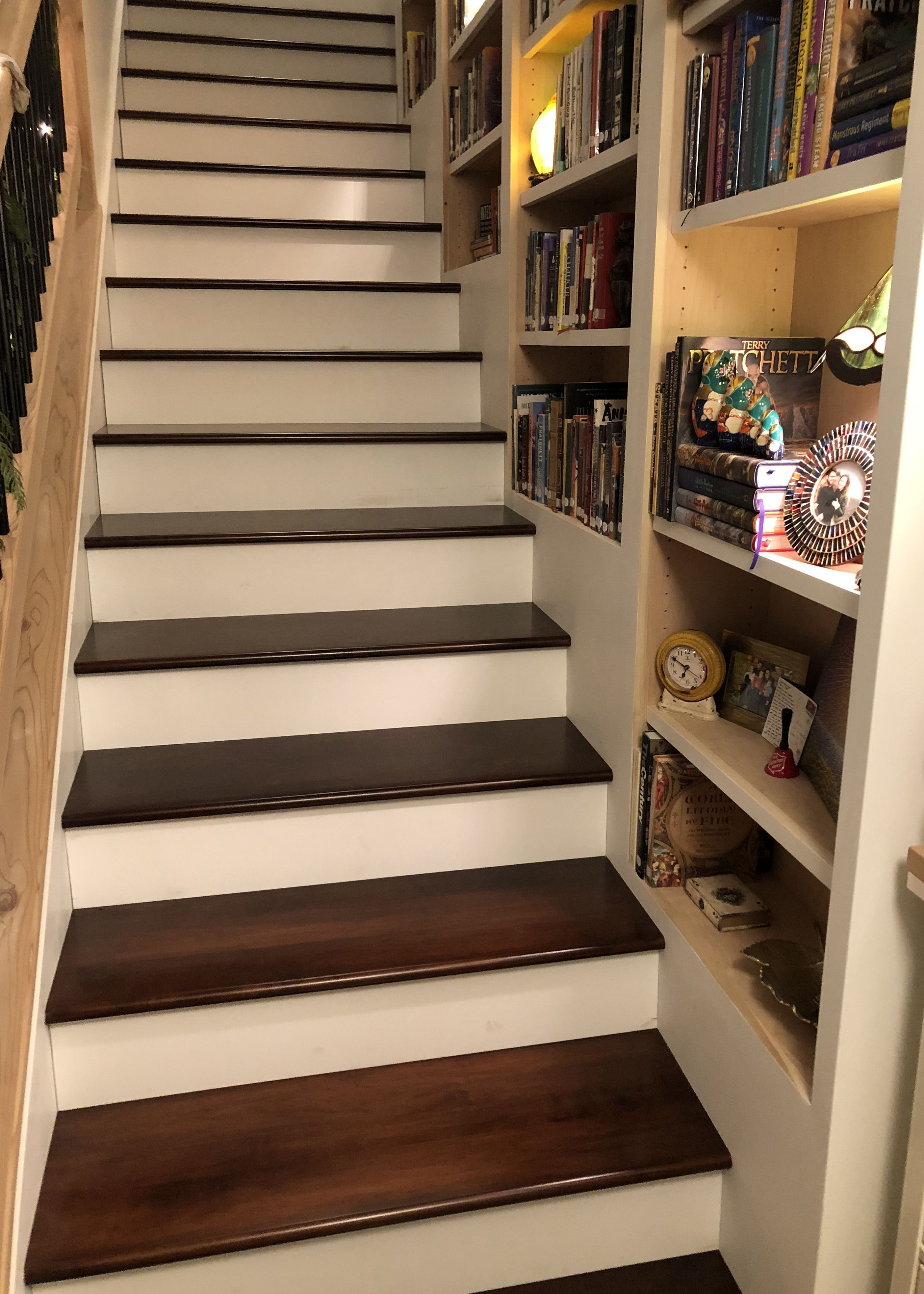 Best Hard Maple Stair Tread In 2020 Wood Stair Treads Stairs 400 x 300