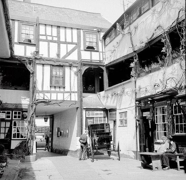 New Inn, Northgate Street