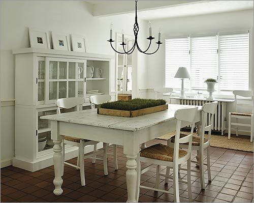 In The Dining Room Ellie Summers Painted The Walls And Furniture Fair Off White Dining Room Furniture Inspiration