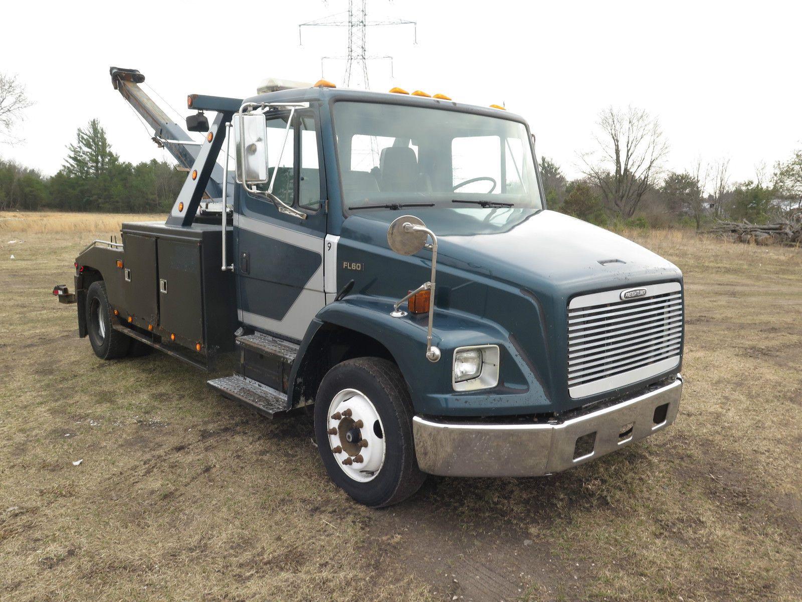 Great Running 1998 Freightliner Fl60 Truck Freightliner Trucks Trucks For Sale