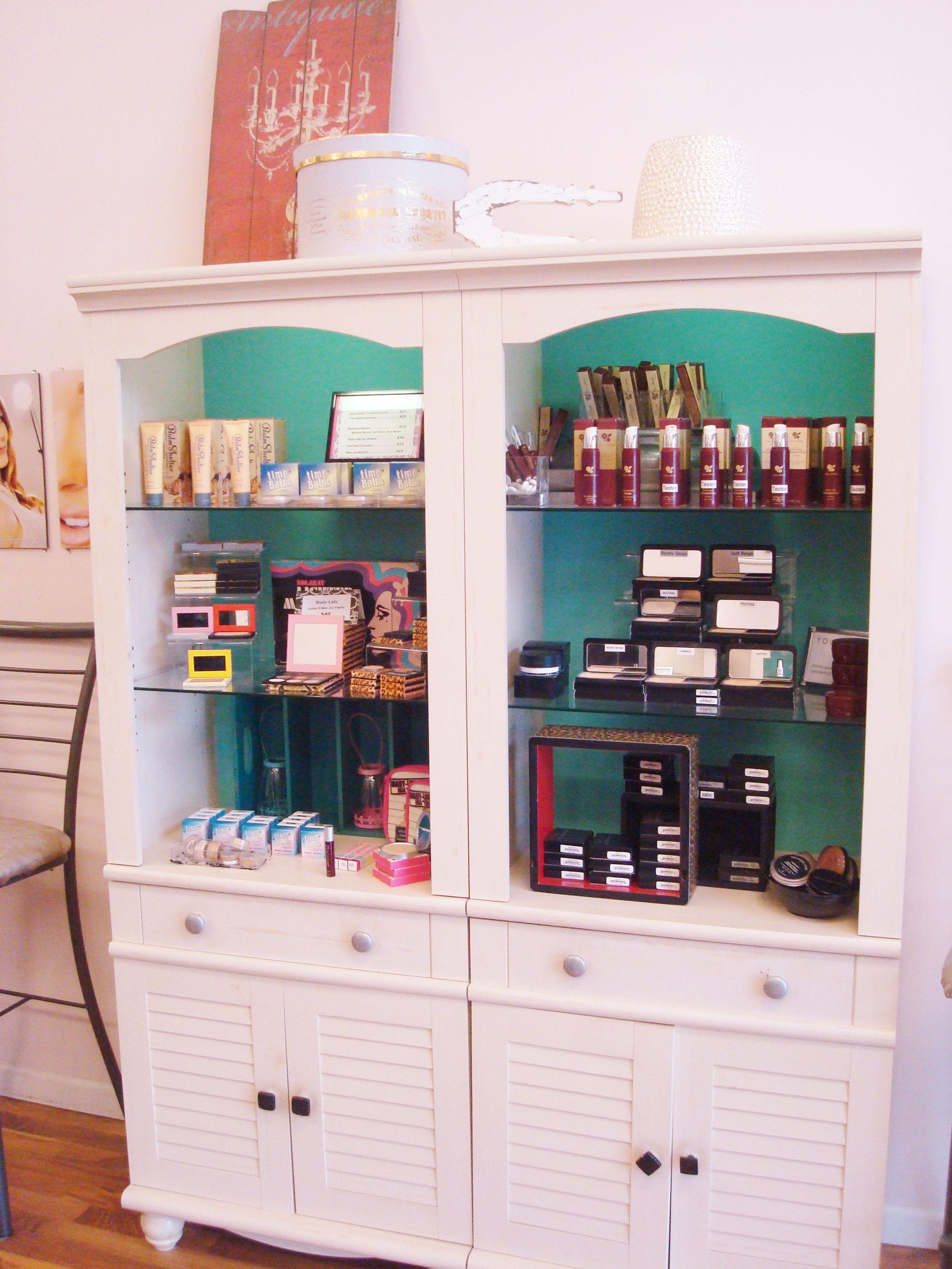 Fun Makeup Displays, But Easy To Shop