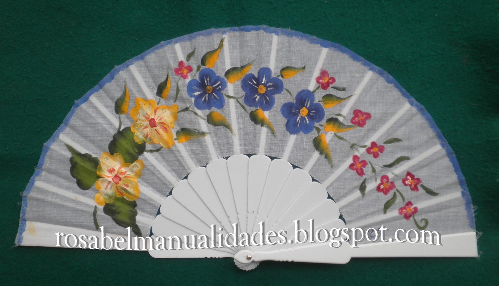Todo tipo de trabajos de manualidades hechos con cari o manualidades abanico pintado - Manualidades con papel pintado ...