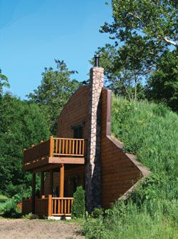 New Ways Of Living Earth Sheltered Homes Earth Homes Underground Homes