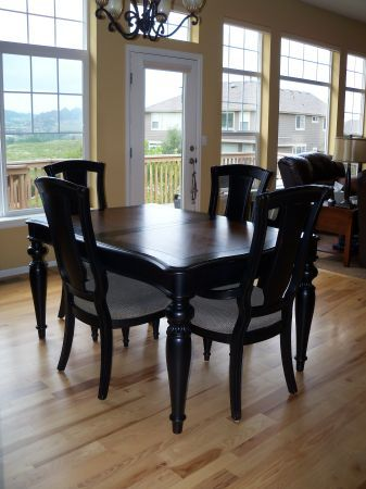 Kathy Ireland Design Dining Table And China Cabinet