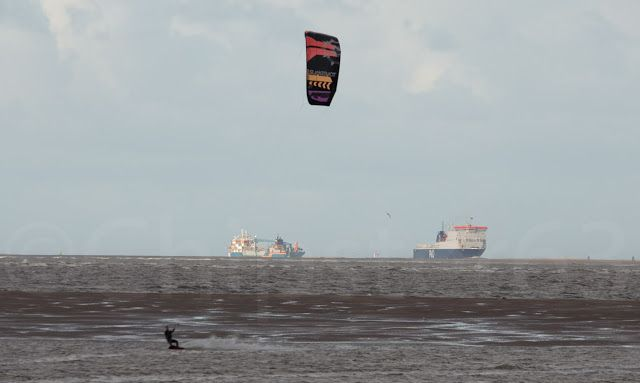 Chipster63 Photography: Kite Surfing is Awesome