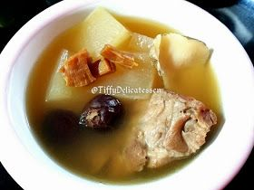 Tiffy Delicatessen: Winter Melon Pork Ribs Soup #wintermelon