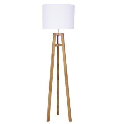 Com design contemporâneo despojado, a Luminária de Piso Sirigaita é uma opção tripé em madeira. #luminariatripedemadeira #abajurtripedemadeira #abajurdemadeira #abajurdepisomadeira