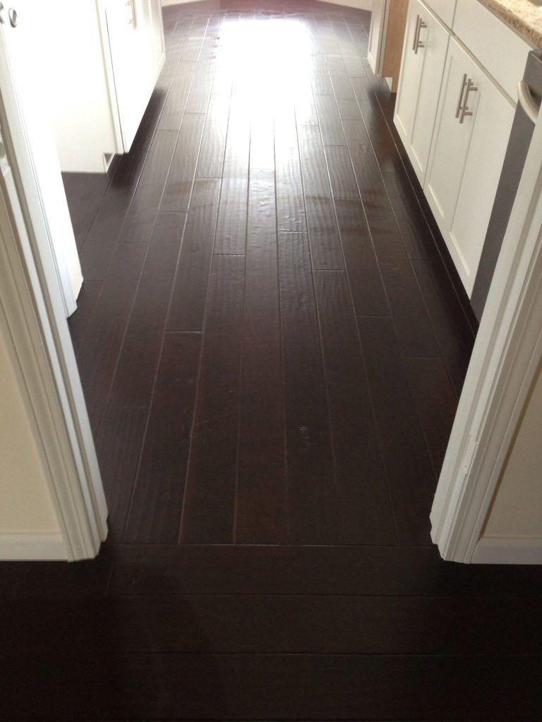 Laminate Flooring Direction Change Azl Spot In 2020 Flooring Laminate Flooring Best Laminate
