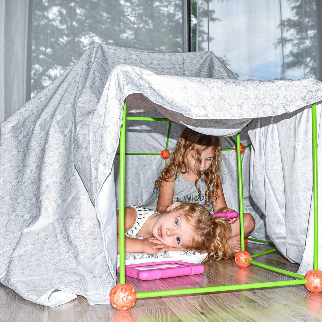 Create the perfect fort with @tinylandus! We love how you can build them inside or out. The pieces are easy enough for kids to put together themselves. Plus, it includes a bag for easy traveling & storage! 🏕 . . . . . #momsofinstagram #forts #kidstoys #mommyandme #kidsbooks #summerfun #summer #trendyigkids #swingset #igmotherhood #pool #blogger #momblog #like4like #motherhood #target #targetfinds #letthembelittle #kidsofinstagram #kidscrafts #momlife #brandreppinlove #iggers #thereppinlife #chi