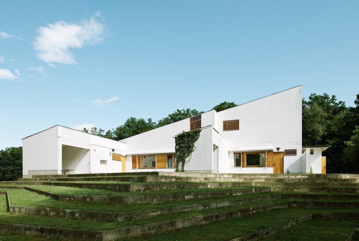 Maison Carré | Bazoches Sur Guyonne, France | Alvar Aalto | Lindman  Photography