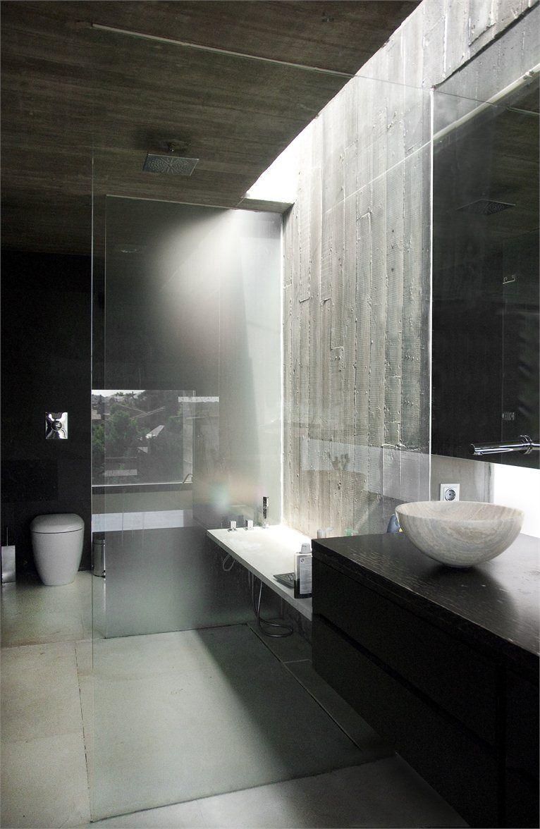 masculine interior black grey bathroom design by iaqui carnicero - Modern Design Bathrooms 2010
