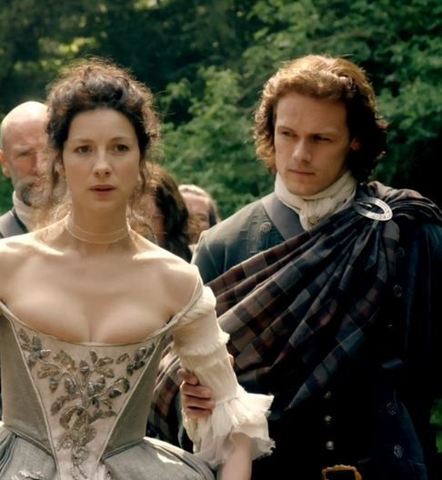 Claire Jamie, Outlander Wedding. The Frasers. Yay