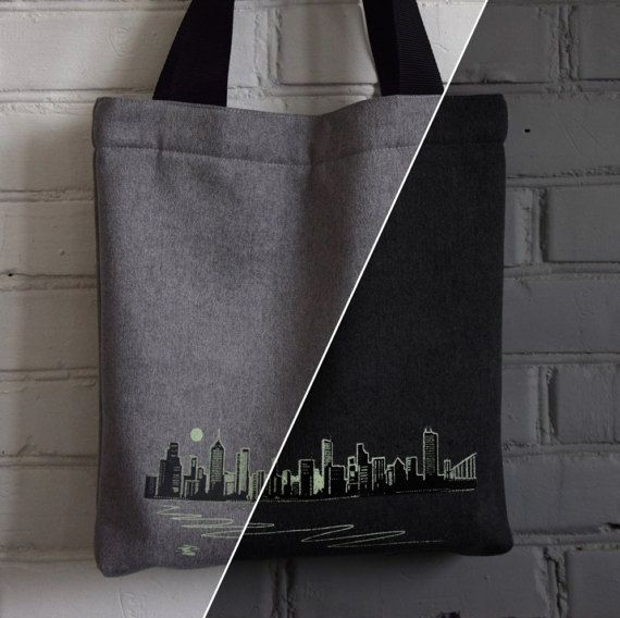 Casual Glowing  Grey Tote bag City Lights by SpellboundStories