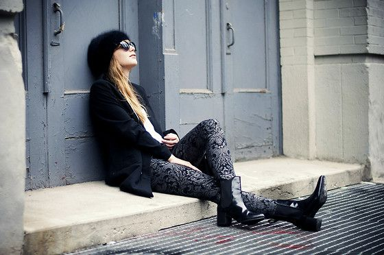 Buffalo Jeans Baroque Print Skinny Jeans, Asos Chelsea Boots