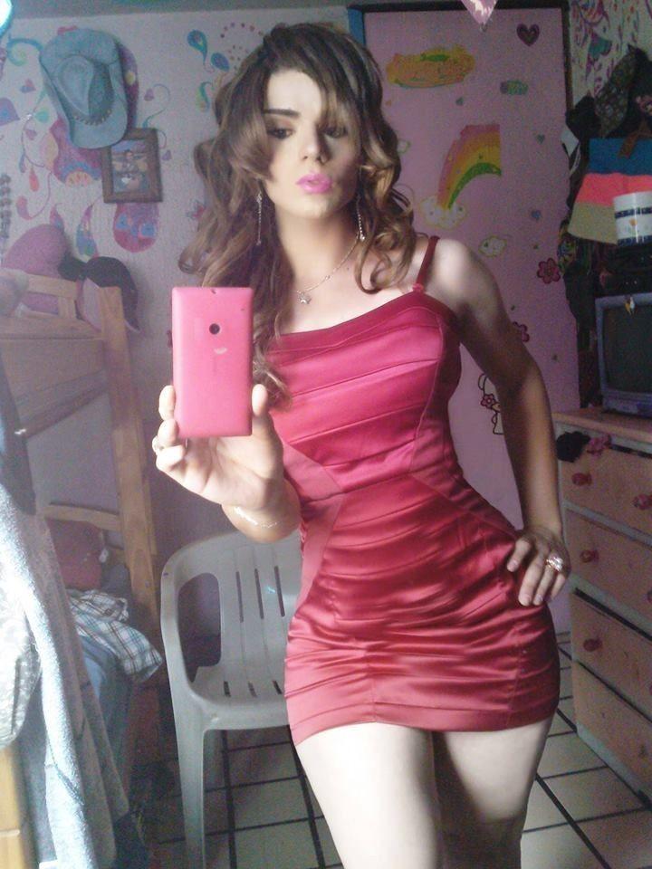 Adorable brunette wife dasha giving handjob 8