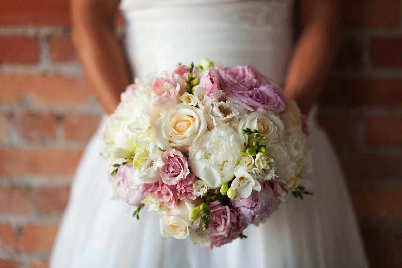 Wedding Details That Rock Wedding Flower Decorations Wedding Wedding Photography