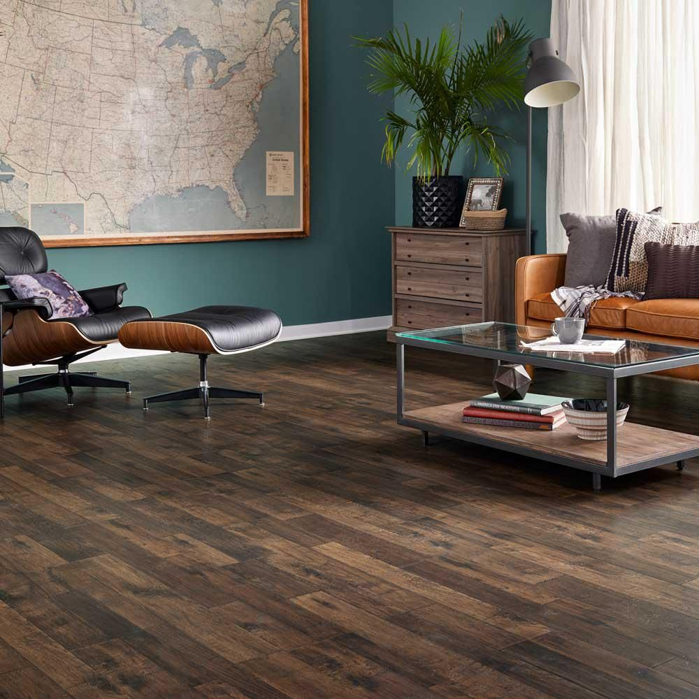 Pergo Outlast Waterproof Mainland Brown Hickory 10 Mm T X 7 48 In W X 47 24 In L Laminate Flooring 19 63 Sq Ft Case Lf000957 The Home Depot In 2020 Pergo Outlast Pergo Flooring Pergo Laminate Flooring