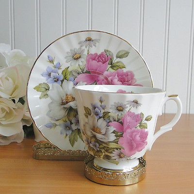 English Fine Bone China Tea Cup & Saucer Queens Garden Pink Roses Daisies Allyn