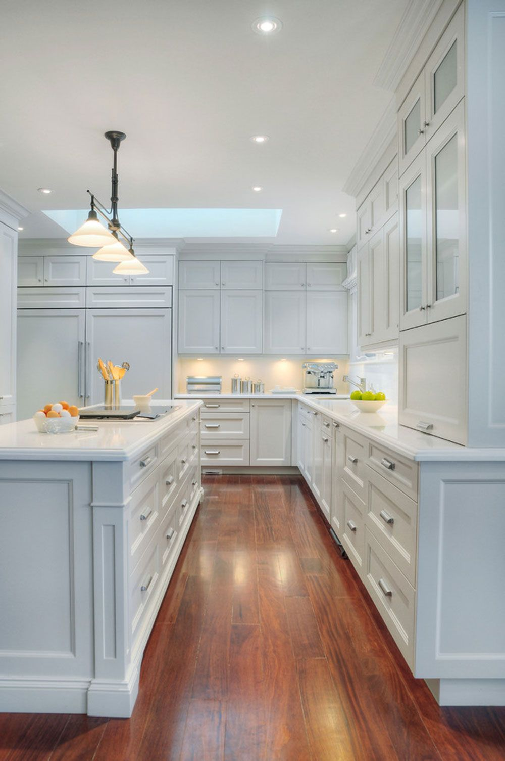 Kitchen island with quartz top - Brighten Your Kitchen With Sparkling White Quartz Countertop