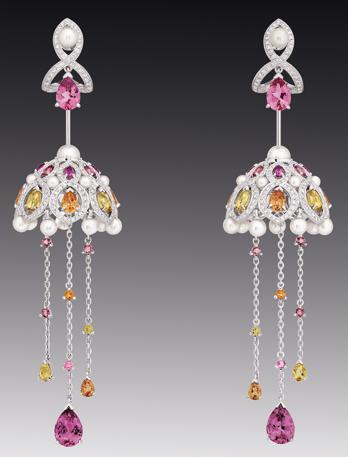Dating chanel earrings