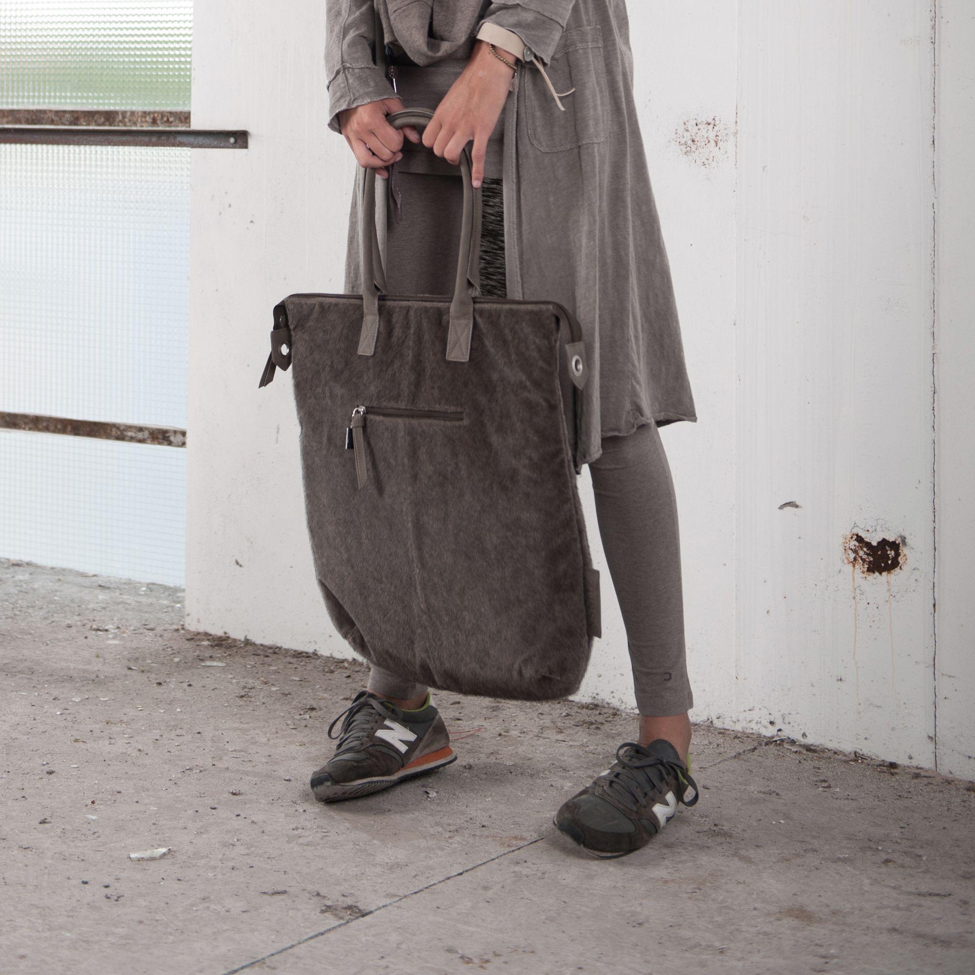 Hippe Tas A4 : Wow das een grote hippe tas makkelijke per leem