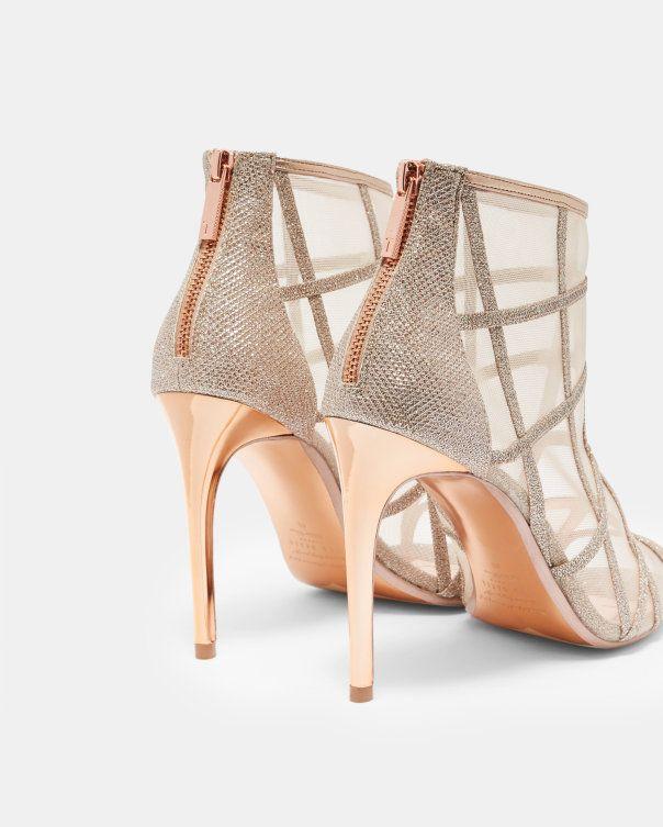 c5a77e620a85f5 Metallic mesh peep-toe boots