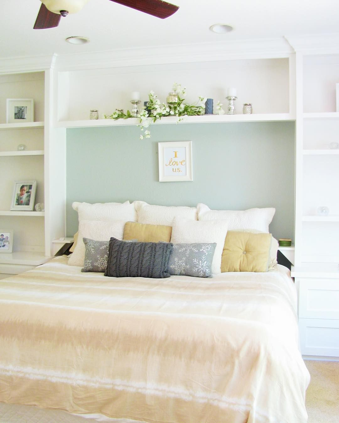 Basement Bedroom Designs: Basement Bedroom Ideas. Shelves Around The Bed For Extra