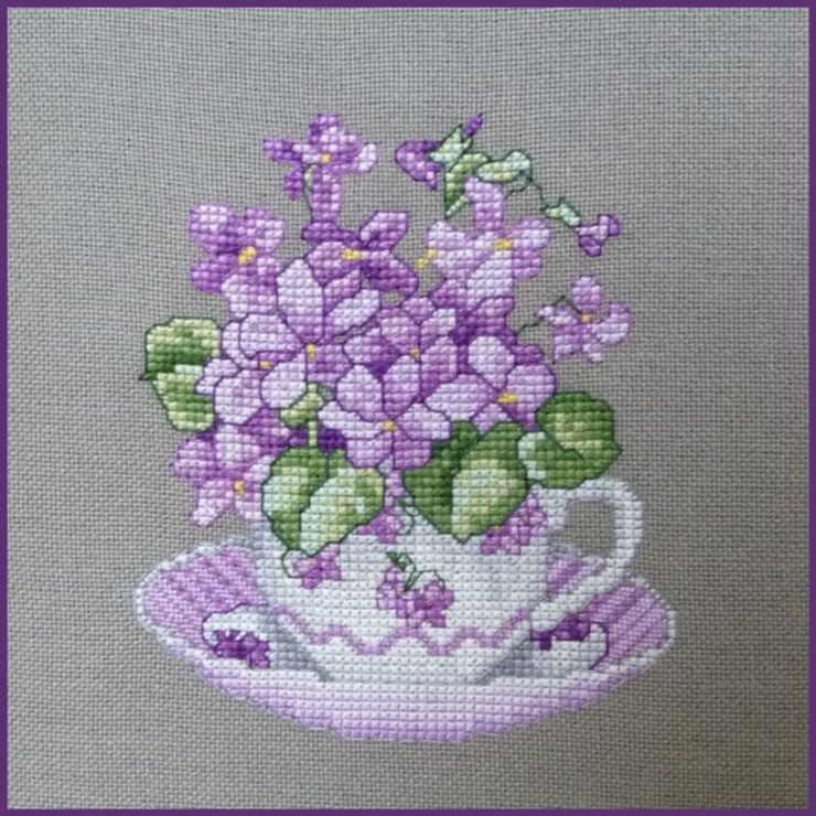 Tea cup with Violets
