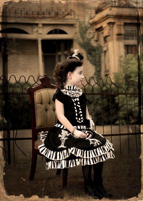 steampunk alice, sitting.