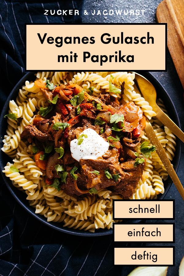 Veganes Gulasch mit Paprika