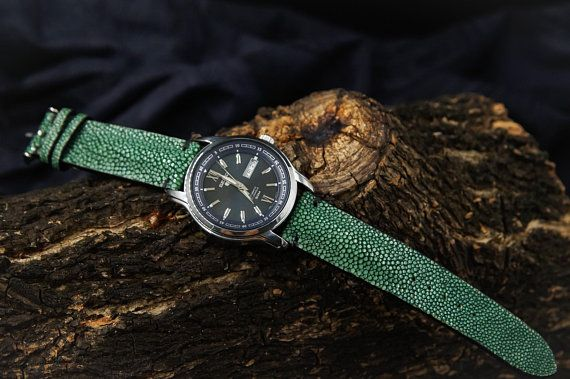 83e875cf5 Green Stingray Leather Handmade Watch Strap Watch Band for 22mm Lug Watches  Men Watch Band Straps fo