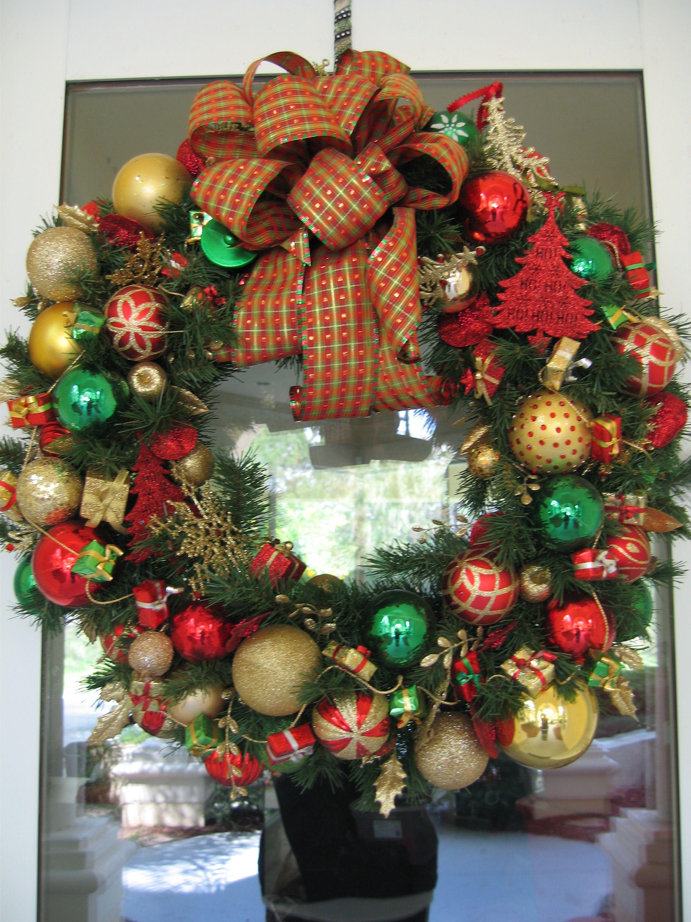Christmas Wreath~Wreaths by Michelle on Facebook