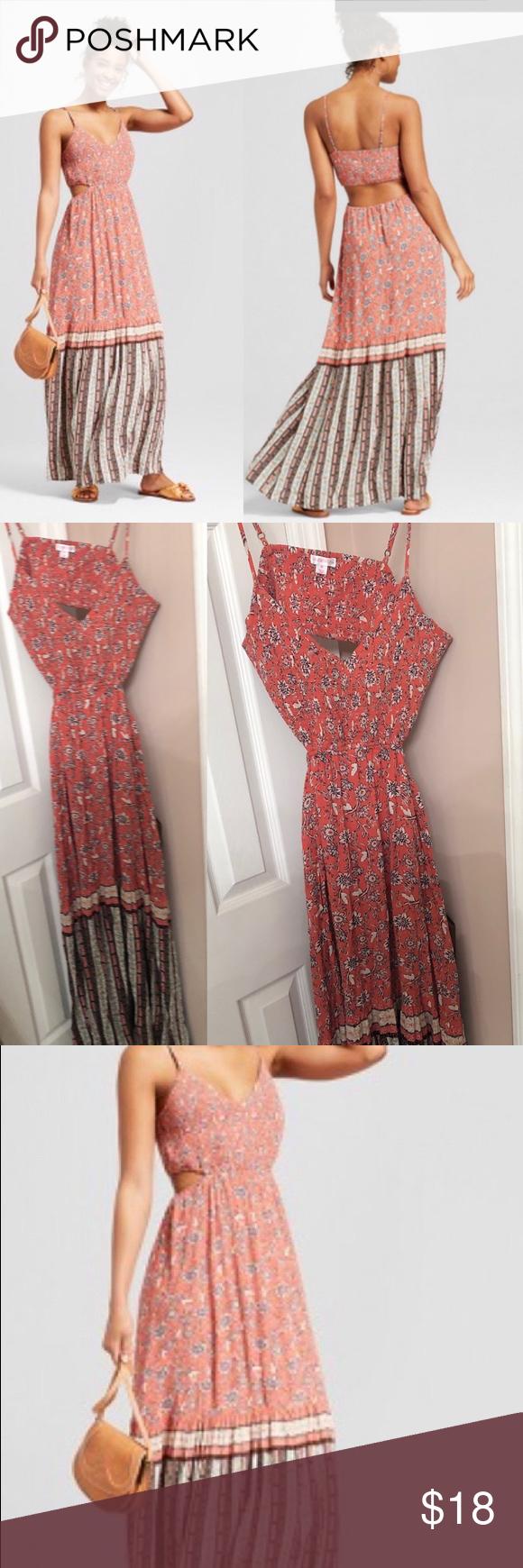 Xhilaration Maxi Dress With Cutout Back Size M Maxi Dress Dresses Xhilaration [ 1740 x 580 Pixel ]