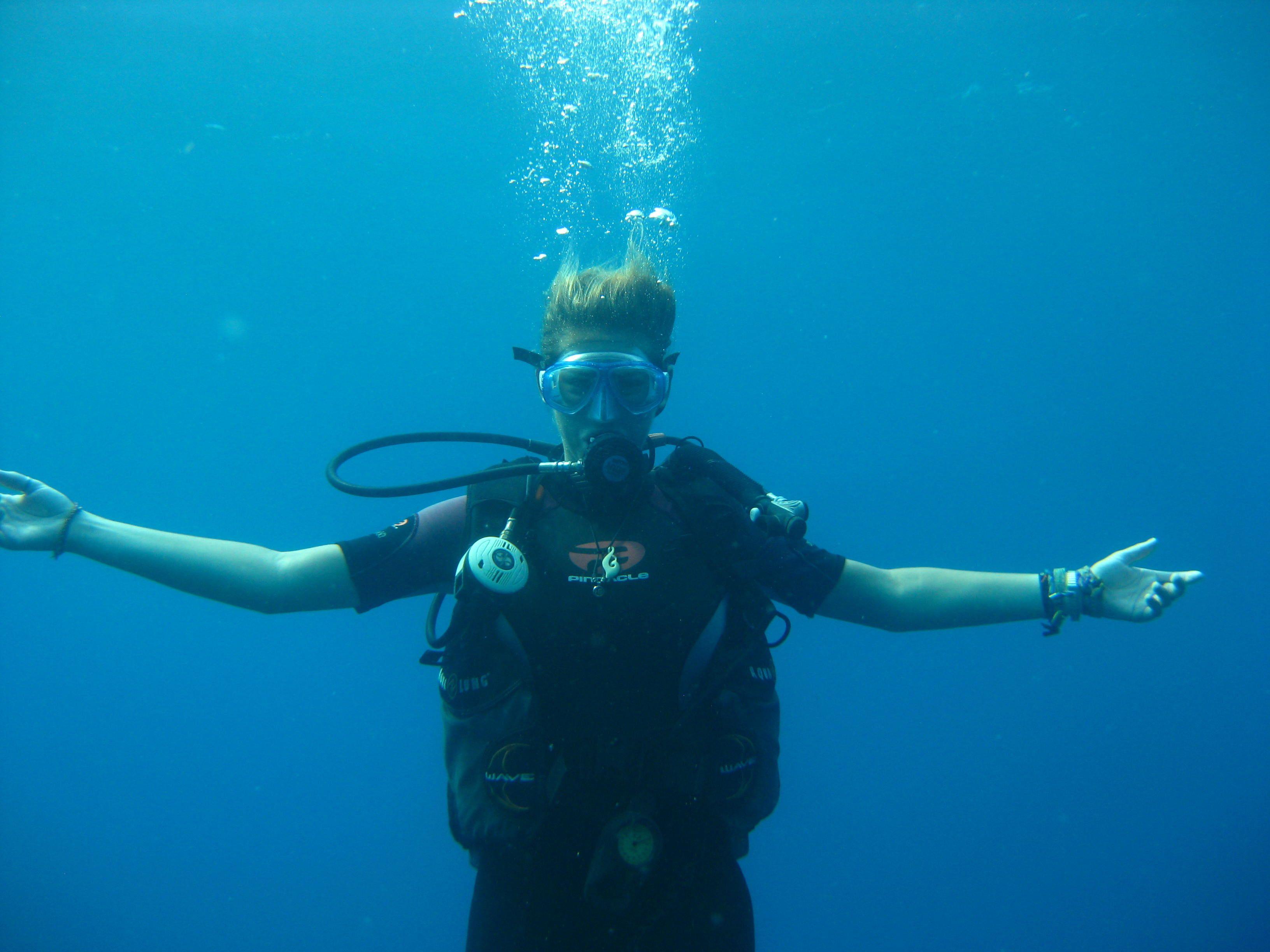 Diver, Central America Trail|