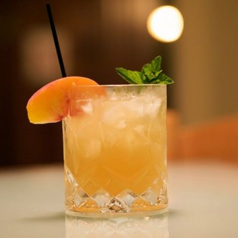 Yummly List Of Drinks Using Peach Bitters Christmas Cocktails