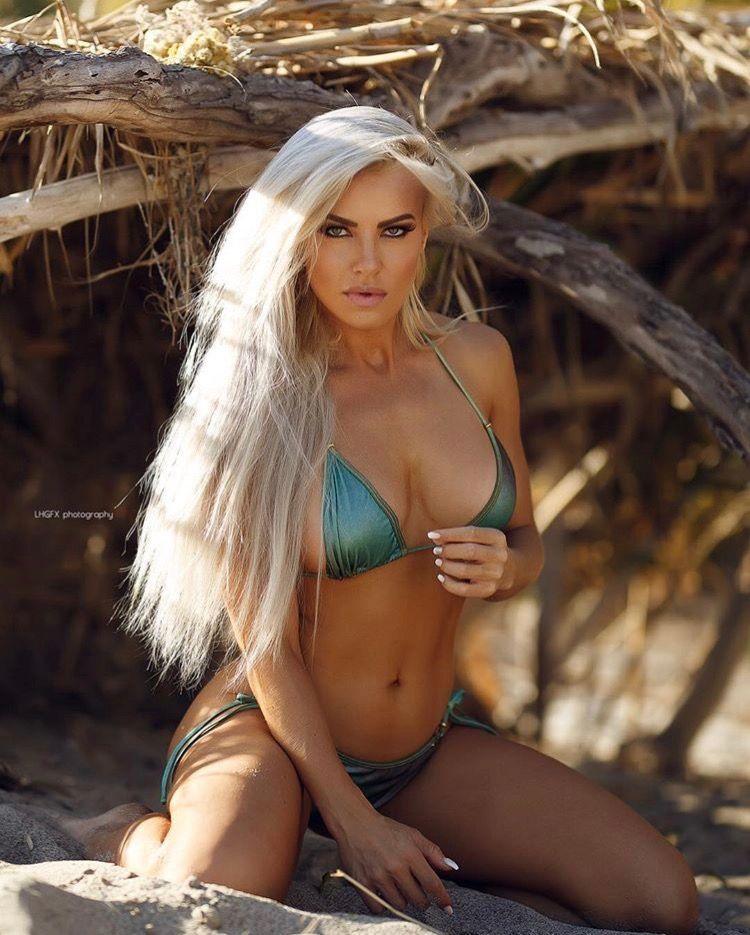 Hollie nude Nude Photos 82