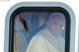 """En el avión, el Papa se mostró preocupado por los jóvenes """"que jamás han tenido trabajo"""" - lanacion.com"""