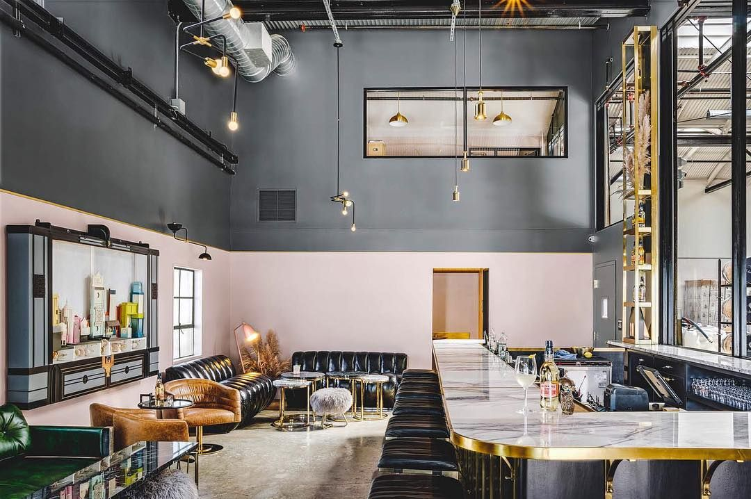 Idee Per Interni Bar : Arredamento bar da aperitivo totaldesigntotaldesign