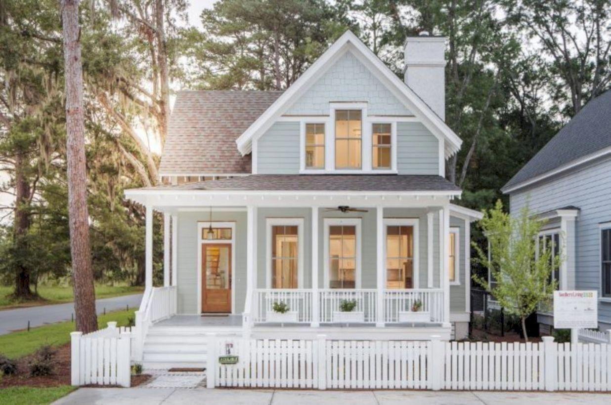 Best Exterior House Paint Color Combinations 19 Beachcottages Cottage House Exterior Small Cottage Homes Small Cottage House Plans