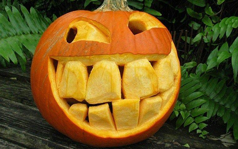 Halloween Pumpkins - wie man sie schmückt #pumkincarvingdesigns