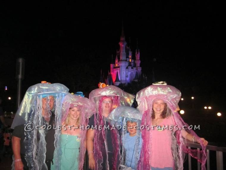 Coolest Homemade Jellyfish Group Costume... This website is the Pinterest of costumes