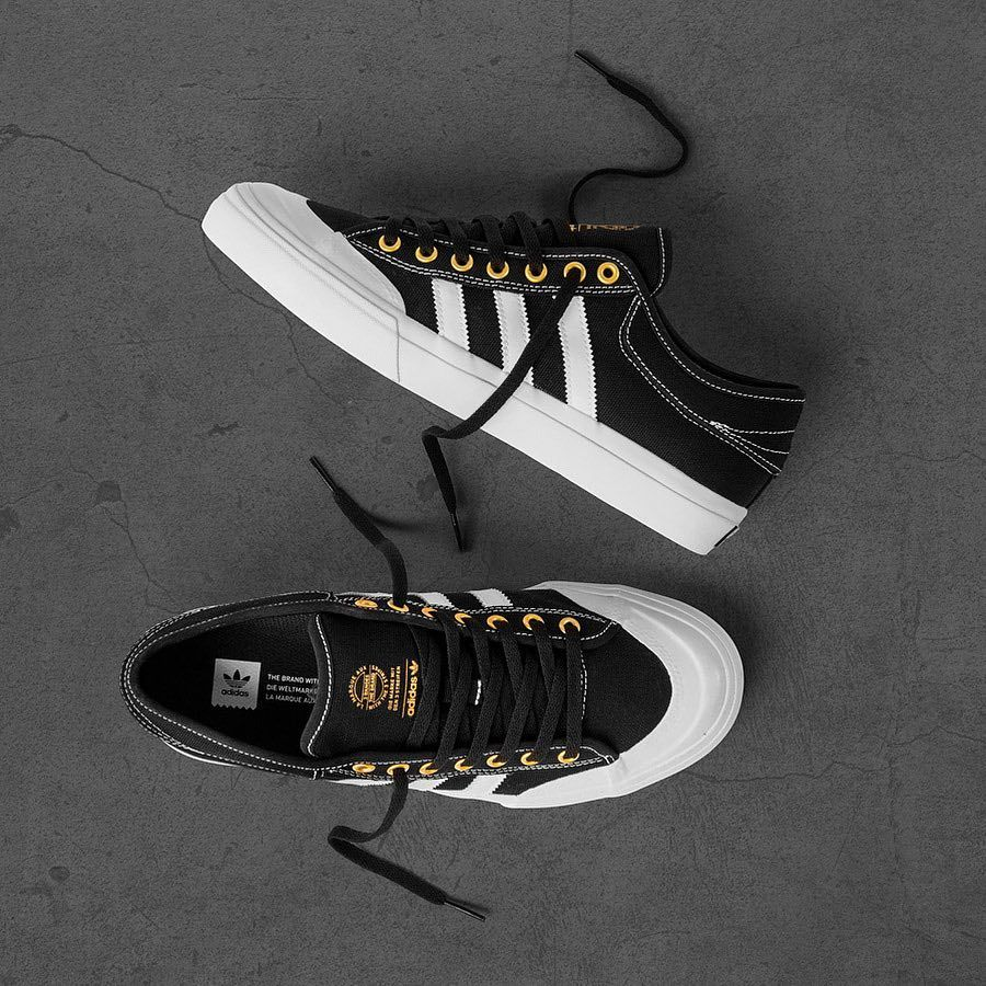 new style cc0da 5ba7e Adidas Matchcourt Core Black White Gold a více z jarní kolekce na 👉🏻  www.popname.cz