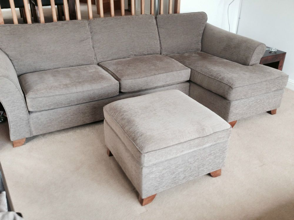 £450 Marks And Spencer Abbey Corner Sofa / Chaise, And Footstool   Ends  6th/7th