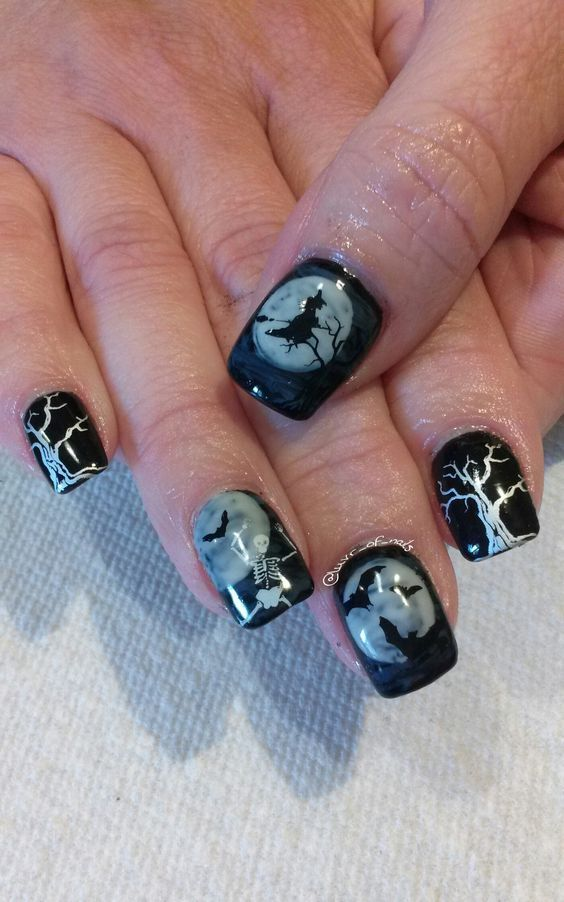 20 Cool Halloween Look For Short Nails Halloween Nail Designs Halloween Nails Nail Art Designs
