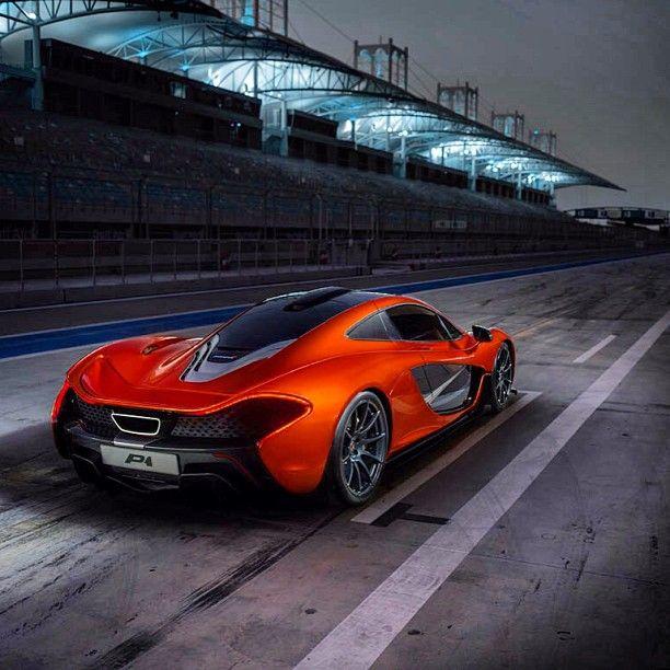 Superieur McLaren P1